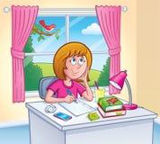 做家庭作业的女孩在她的屋子里 库存照片