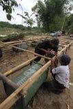 做小船由竹子和鼓 库存图片