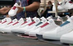 做工厂的鞋子 库存照片