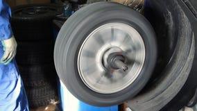 做平衡的轮子在机械工具 影视素材
