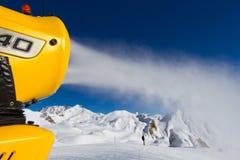 做机器的雪 免版税图库摄影