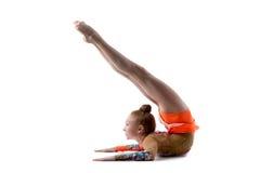 做桥的少年舞蹈家女孩 图库摄影