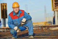 做混凝土的建造者增强 免版税库存图片