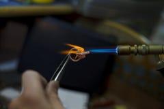 做特写镜头细节的Ewelry生产 库存照片