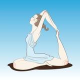 做瑜伽的深色的女孩 免版税图库摄影