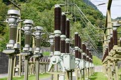 做电的发电站由一个水力发电厂 图库摄影