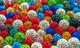 五颜六色的小珠shamballa 免版税图库摄影