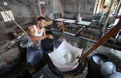 做豆腐,大豆凝乳 免版税库存图片