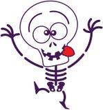 做滑稽的面孔的逗人喜爱的万圣夜骨骼 免版税库存照片
