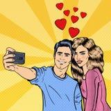 做Selfie的年轻爱恋的夫妇在智能手机 流行艺术 向量例证