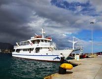 停住的游轮,地中海口岸 免版税图库摄影