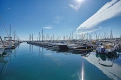 停放在法国海滨的游艇 图库摄影