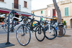 停放的体育自行车 图库摄影