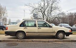 停放的老瑞典人富豪集团940轿车汽车 库存照片