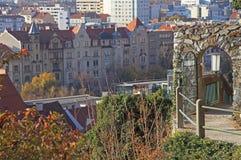 停放的金属门在格拉茨 免版税库存图片