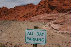 停放红色岩石的峡谷 图库摄影