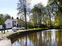 停止利兹利物浦运河的地方在Barnoldswick在兰开夏郡英国 免版税库存图片