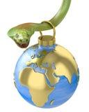 停止在眼镜蛇,欧洲零件的圣诞节中看不中用的物品 库存图片