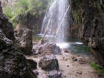 停止的湖瀑布 免版税图库摄影