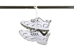 停止的运动鞋 库存图片