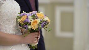 停留在仪式的婚姻的夫妇