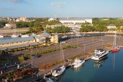 停车处和游艇俱乐部 路易斯・毛里求斯端口 库存图片