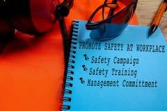 健康、安全&环境概念性与一般文本和st 库存照片