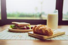 健康吃和传统早餐概念; 免版税库存图片