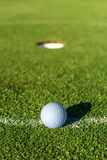 健康和凝思的戏剧高尔夫球 库存图片