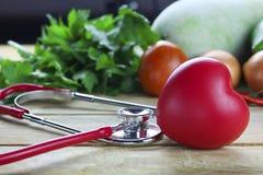 健康壁炉边概念、菜和果子 图库摄影