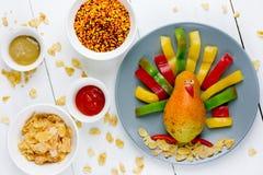 健康早餐或快餐孩子的-火鸡从果子和veg 免版税库存照片