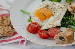 健康早餐概念 吃健康 免版税库存图片