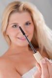 健康染睫毛油妇女年轻人 库存照片