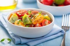 健康沙拉用五颜六色的蕃茄 库存图片