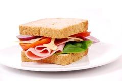 健康火腿三明治用乳酪,蕃茄 免版税图库摄影