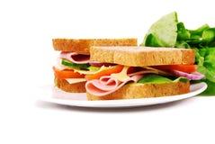 健康火腿三明治用乳酪,蕃茄 免版税库存图片