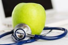健康生活和卫生食品概念 免版税库存照片