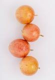 健康的新鲜的西番莲果和刷新 免版税库存照片