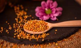 健康粒子花粉蜂花粉 库存图片