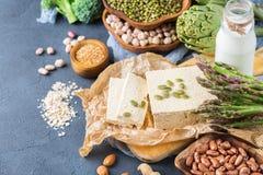 健康素食主义者蛋白质来源和健美食物的分类 库存照片