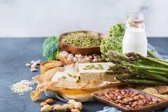 健康素食主义者蛋白质来源和健美食物的分类 库存图片