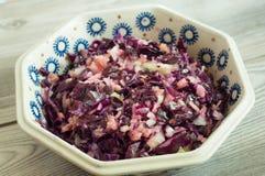 健康红叶卷心菜新鲜的沙拉 库存照片