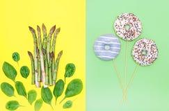 健康营养概念图象:反对糖a的新鲜的绿色食物 免版税图库摄影