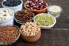 健康食品,节食,营养概念、素食主义者蛋白质和碳水化合物来源 免版税图库摄影