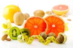 健康食物、营养和饮食 新的趋向和远景在健身,健康生活方式,炫耀营养 免版税库存图片