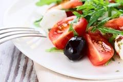 健康食物-沙拉用无盐干酪 图库摄影