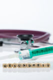 健康& x28; 在German& x29; ;听诊器 免版税库存图片