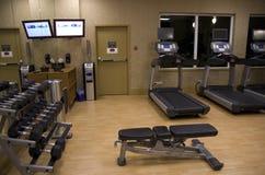 健身俱乐部旅馆健身房室 免版税库存图片