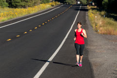 健身四十名妇女赛跑 免版税库存照片