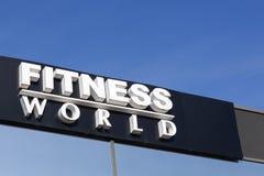 健身在墙壁上的世界商标 图库摄影
